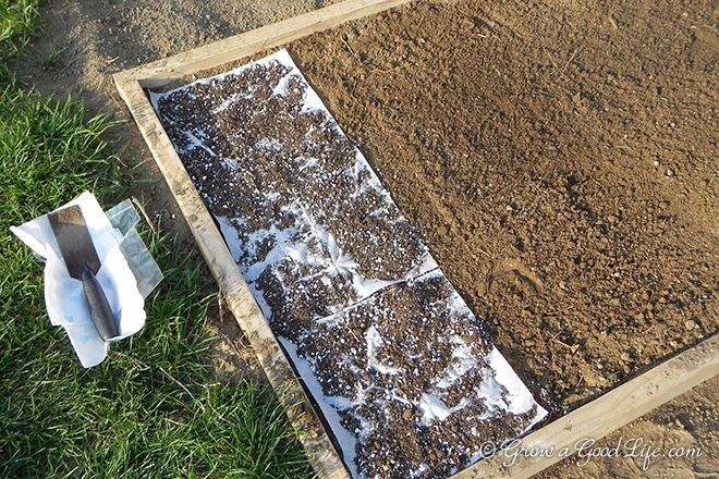planting_seed_mats_photo