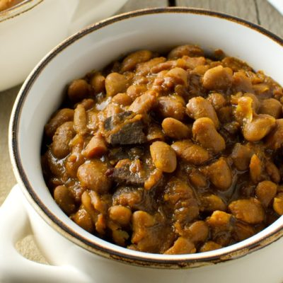 Slow Cooker New England Baked Beans
