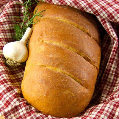 Roasted Garlic Rosemary Bread
