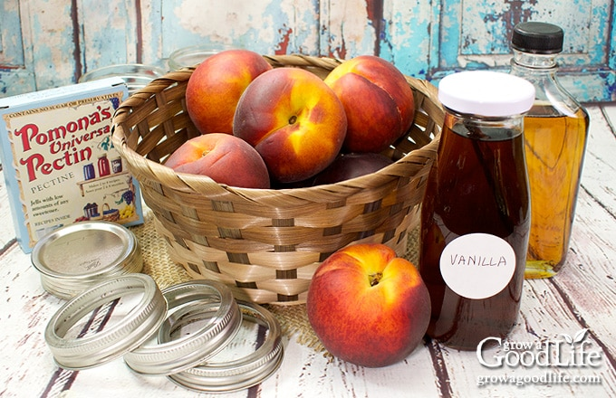 ingredients for making peach jam